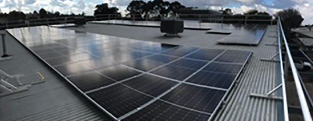 Rooftop solar installation - St Albans Secondary School